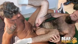 Hairy Bottom Raw Fucked By Hunky Daddy