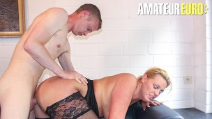 ReifeSwinger – Kinky German Mature Blonde Gets Her Tight Pussy Stuffed With A Big Dick
